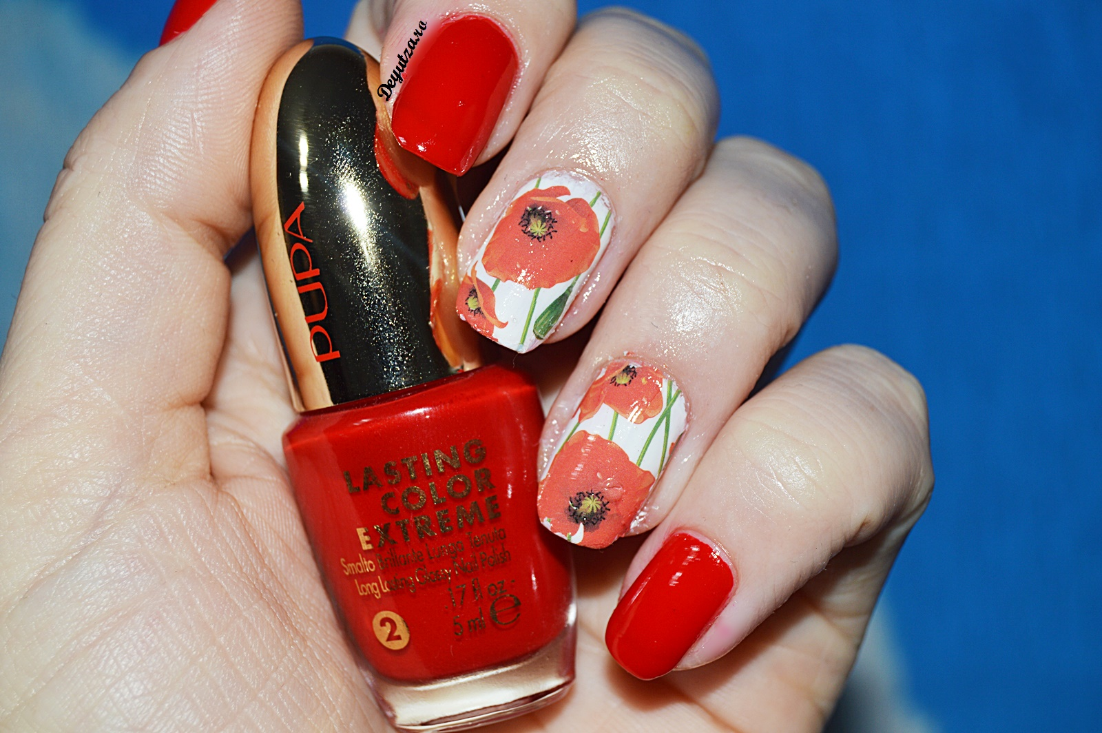 poppies nails